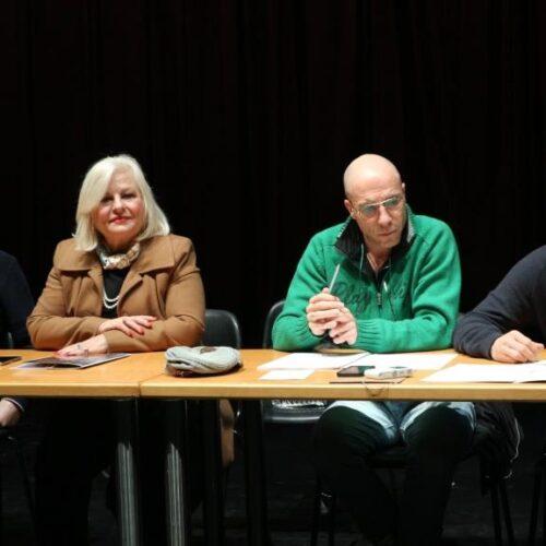 """""""Ανθισμένες ροδακινιές – Johatsu"""". Μια νέα οπτική στη θεατρική πράξη – Συνέντευξη Τύπου του ΔΗΠΕΘΕ Βέροιας"""