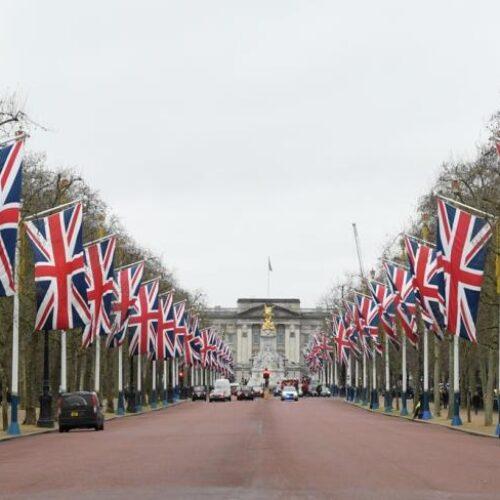 Πρώτη ημέρα χωρίς τη Βρετανία στην ΕΕ: Τι δηλώνει ο Τζόνσον, πώς αντιδρούν οι Ευρωπαίοι