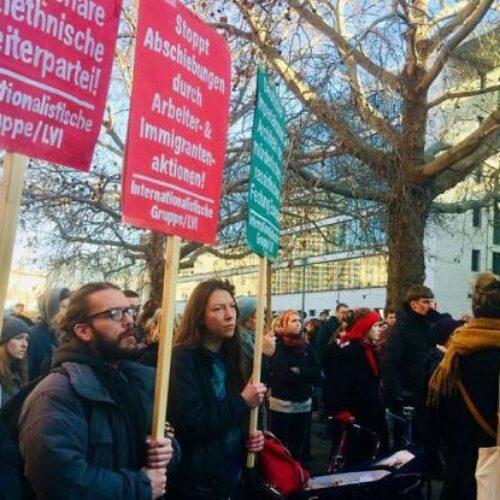 «Έχουμε χώρο»: Στο Βερολίνο διαδηλώνουν ζητώντας την μεταφορά προσφύγων από τα ελληνικά νησιά
