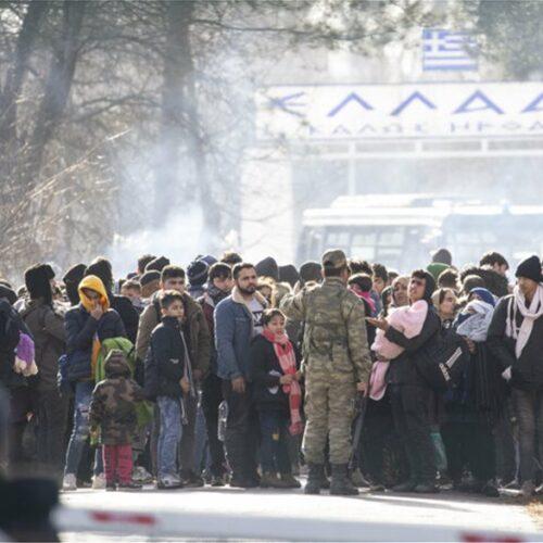 Έβρος: Ένταση στο τελωνείο στις Καστανιές - Κύματα προσφύγων και μεταναστών από την Τουρκία