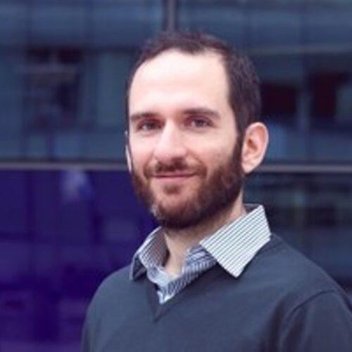 Κορωνοϊός - Έλληνας καθηγητής στο Imperial: Είμαστε (στην Ελλάδα) ακόμα στο παράθυρο ευκαιρίας να επιβραδύνουμε την εξάπλωση του ιού