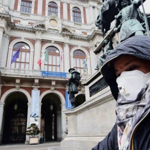 Κορονοϊός: Η Ιταλία κλείνει τους κινηματογράφους, τα θέατρα και τα μουσεία σε όλη την επικράτειά της