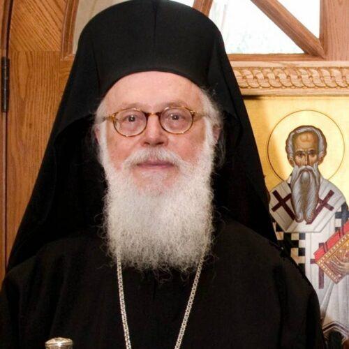 """Αρχιεπίσκοπος Αλβανίας Αναστάσιος: """"Σαν να έχει κηρυχθεί νέος Παγκόσμιος Πόλεμος από έναν αθέατο εχθρό"""""""