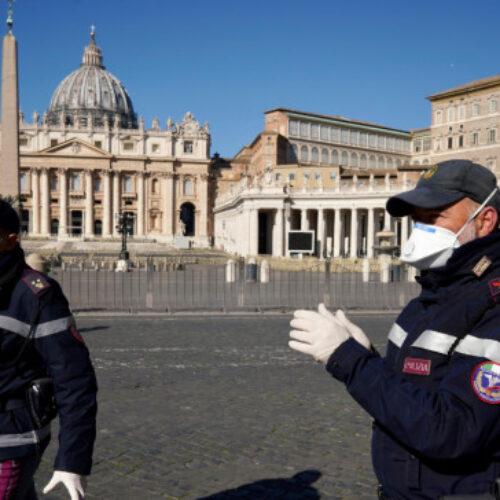 """Ο κορωνοϊός """"καταπίνει"""" την Ευρώπη: Στους 15.500 οι νεκροί, σχεδόν 270.000 τα κρούσματα"""