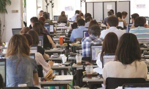 """Κορονοϊός - """"Πανδημία"""" στις επιχειρήσεις: Περισσότερες από 250.000  έκαναν αναστολή συμβάσεων"""