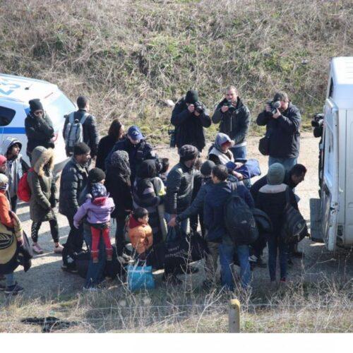 """Έβρος: Δημοσιογράφος καταγγέλει """"περίπολο"""" πολιτών - """"Με προπηλάκισαν, μου πήραν το κινητό και με χτύπησαν"""""""