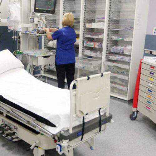 Ιρλανδία: Τα ιδιωτικά νοσοκομεία περνούν στον έλεγχο του κράτους στη διάρκεια της πανδημίας