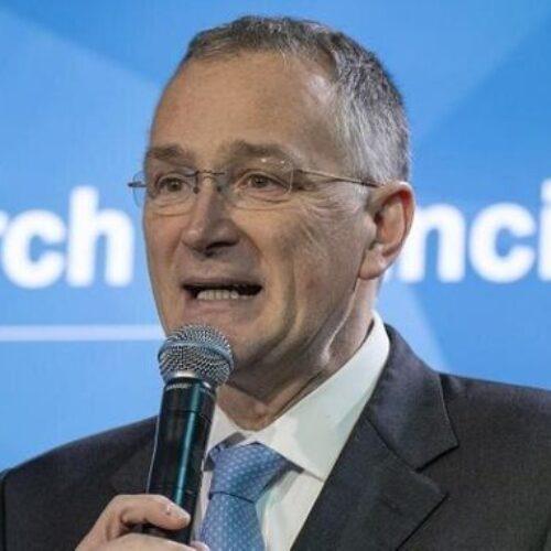 Κορωνοϊός: Παραιτήθηκε ο επικεφαλής επιστήμονας της ΕΕ -  Άκρως απογοητευμένος από την ευρωπαϊκή απάντηση στη νόσο Covid-19