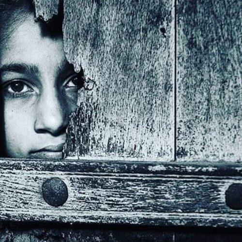 Απειλή ακραίας φτώχειας - Τελειώνουν τα χρήματα για τα δύο τρίτα των ανθρώπων σε καραντίνα