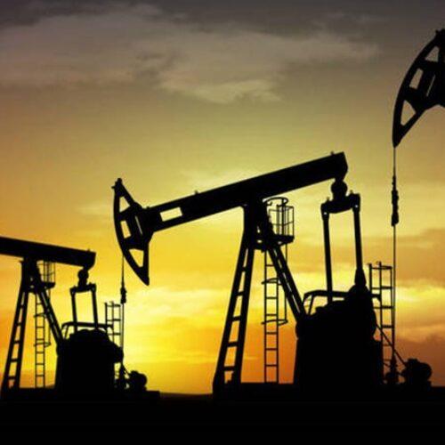 Πιο φθηνό κι από το... νερό: Σε πλήρη κατάρρευση οι τιμές του πετρελαίου
