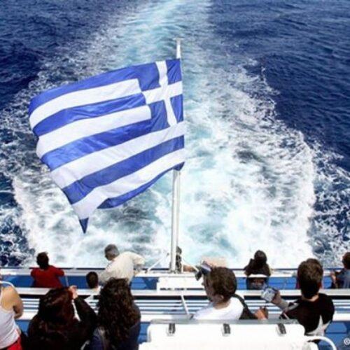 Ακυρώνονται τα υγειονομικά πρωτόκολλα - Χωρίς τεστ οι τουρίστες στην Ελλάδα