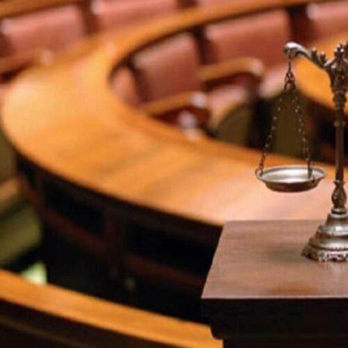Ασκούμενοι δικηγόροι: Εκεί που η επίθεση στα εργασιακά δικαιώματα δεν περίμενε τη δικαιολογία του κορονοϊού...
