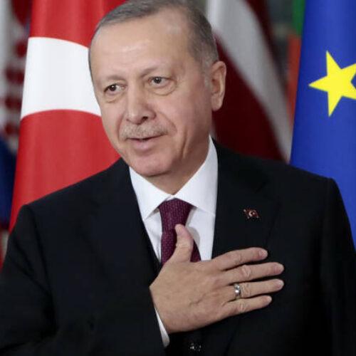 """Ερντογάν: Θέλει να εξασφαλίσει τον τίτλο του """"γενναιόδωρου θείου"""". Γράφει ο Κώστας Βενιζέλος"""