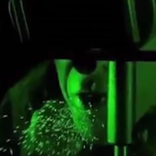 Αποκαλυπτικό βίντεο: Πώς 1 λεπτό ομιλίας διασκορπίζει 1000 σταγονίδια σε κλειστό χώρο!