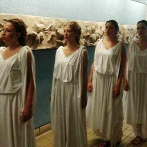 """Σόνια Θεοδωρίδου και """"έξι Καρυάτιδες"""" αναζητούν την αδελφή τους στο Βρετανικό Μουσείο"""