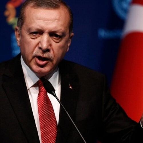"""""""Ποιος θα σταματήσει τον Ερντογάν;"""" γράφει ο Δημήτρης Μηλάκας"""