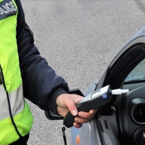 Συνεχίζονται οι έλεγχοι της Τροχαίας σε όλη την επικράτεια για την οδήγηση υπό την επήρεια αλκοόλ