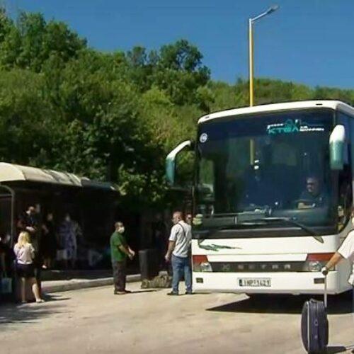 Κορωνοϊός: Χιλιάδες περνούν από τα σύνορα της Κακαβιά χωρίς έλεγχο (video)