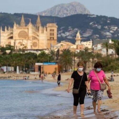 """""""Γκρεμίζεται ο τουρισμός"""" γράφει η Αντριάνα Βασιλά"""