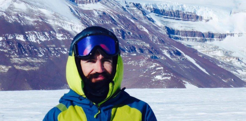 Γιάννης Μπαζιώτης «Ένας Έλληνας στην Ανταρτική» - Ευτυχής συμπόρευση Επιστήμης και Λογοτεχνίας