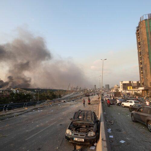 Εικόνες Αποκάλυψης: Τεράστια έκρηξη ισοπέδωσε μεγάλο μέρος της Βηρυτού - Δεκάδες νεκροί, χιλιάδες τραυματίες (videos|photos)