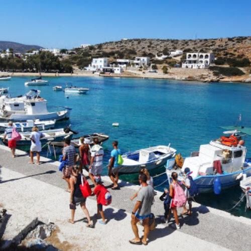 """""""Μαύρα"""" σημάδια και στον εσωτερικό τουρισμό - Ένας στους δύο Έλληνες αδυνατεί να πάει μια εβδομάδα διακοπές"""