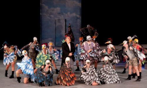 ΚΘΒΕ: Μετά την επιτυχία στο Αρχαίο Θέατρο της Επιδαύρου οι «Όρνιθες»... πετούν στην Κοζάνη,Τρίτη 25 Αυγούστου