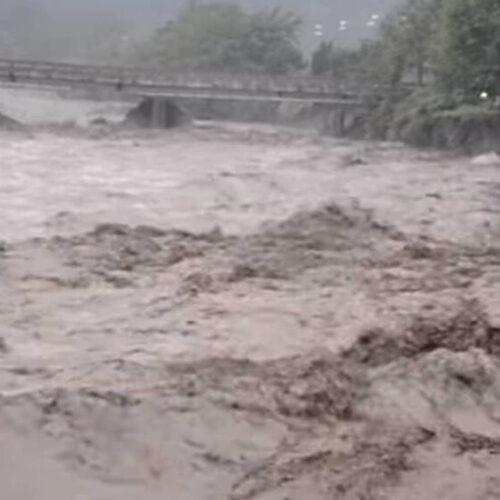 """""""Ιανός"""": Νεκρή γυναίκα στα Φάρσαλα, πλημμύρισε η Καρδίτσα - Σχεδόν 2.500 κλήσεις στην Πυροσβεστική"""