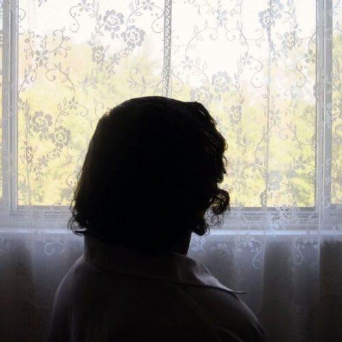 Η μητέρα μου στην απομόνωση του covid και της άνοιας