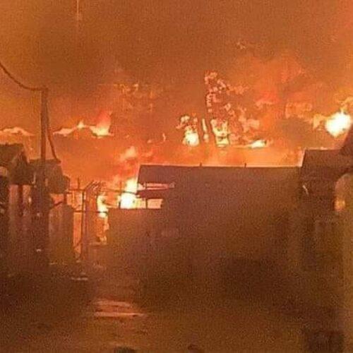 """""""Οι «πυρκαγιές» του προσφυγικού"""" γράφει ο Δημήτρης Μηλάκας"""