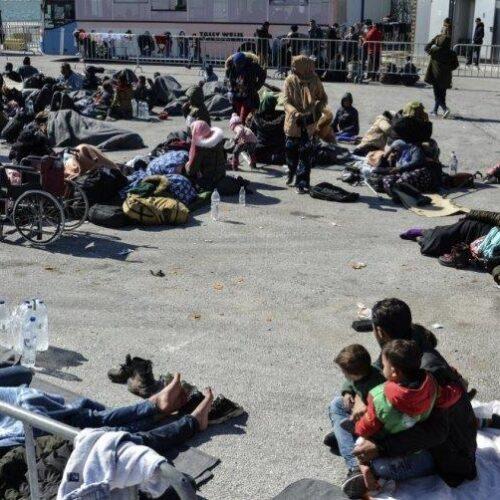 «Κρουαζιέρα» COVID για τους πρόσφυγες