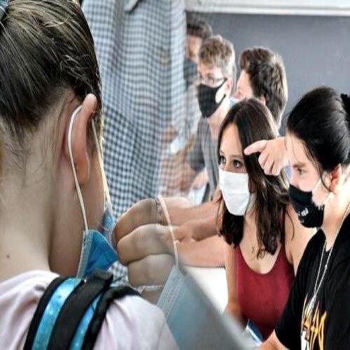 Πρώτο κουδούνι: Τα μέτρα πρόληψης, οι μάσκες και τα τεράστια κενά στα σχολεία - Η ΟΛΜΕ
