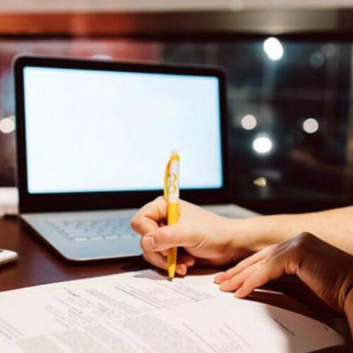 """""""Μπλόκο"""" της Αρχής Προστασίας Δεδομένων στην Κεραμέως: Τρεις μήνες για συμμόρφωση για την εξ αποστάσεως εκπαίδευση"""