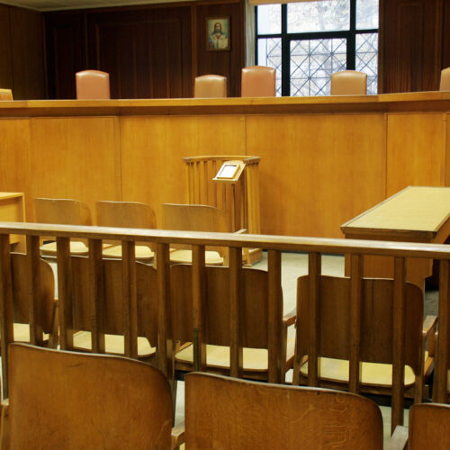 Δικαστική απόφαση-σταθμός: «Παγώνει» πρόστιμο και «λουκέτο» σε ουζερί τη Θήβα