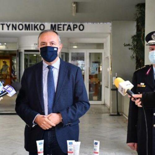 """Θεόδωρος Καράογλου: """"κανένας δεν θα μείνει απροστάτευτος απέναντι στην πανδημία"""""""