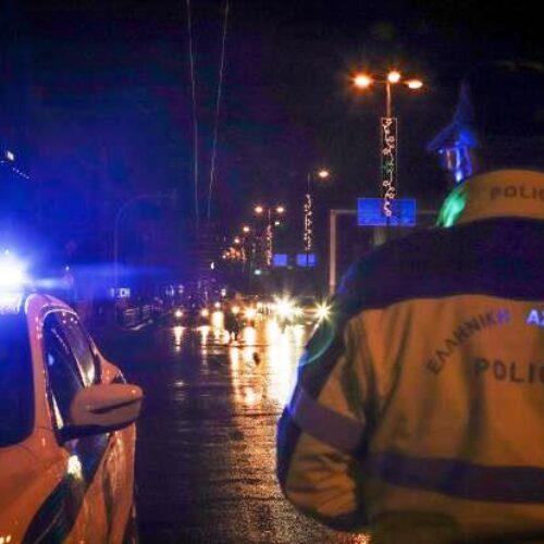 Κορωνοϊός - Έλεγχος: Έκοψαν πρόστιμο 900 ευρώ σε ταξί που μετέφερε παντρεμένο ζευγάρι (video)