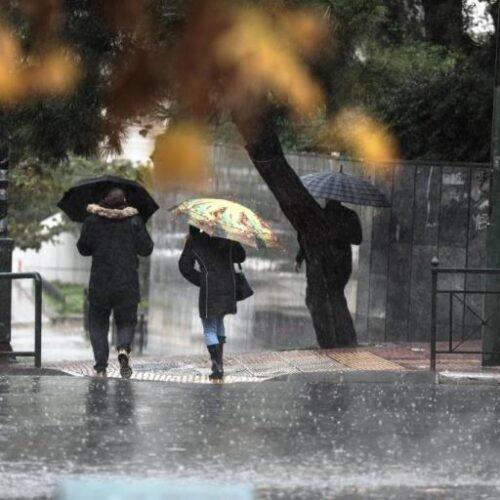 ΕΜΥ: Προβλέπονται ισχυρές βροχές και καταιγίδες - Λίγα χιόνια στα ορεινά
