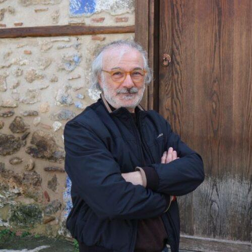 Γιάννης Καισαρίδης. Ταγμένος στο εργαστήρι της γραφής, της τέχνης και της μνήμης