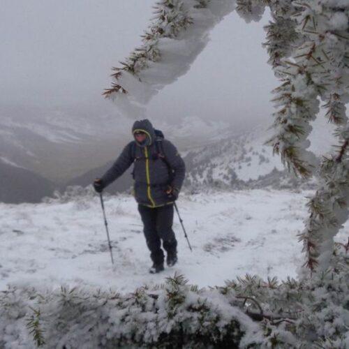 """Ορειβατική ομάδα Βέροια """"Τοτός"""": Με στόχο την κορυφή """"Αρσούμπασι"""" στο Βέρμιο μέσα σε αντίξοες καιρικές συνθήκες"""