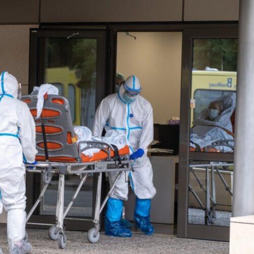 ΕΟΔΥ: 671 νέα κρούσματα, 25 θάνατοι, 340 διασωληνωμένοι