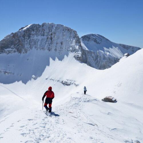 Σοβαρό ορειβατικό ατύχημα στον Όλυμπο - Χιονοστιβάδα παρέσυρε δύο ορειβάτες