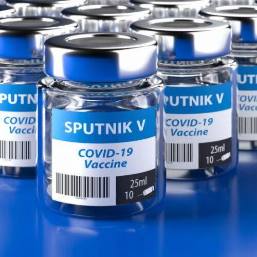 Μέρκελ: Ανοιχτό το ενδεχόμενο συνεργασίας με Ρωσία για το εμβόλιο Sputnik-V
