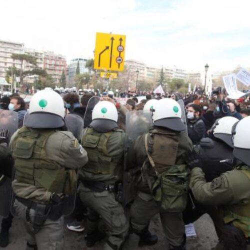 Θεσσαλονίκη: Επίθεση των ΜΑΤ με χημικά σε φοιτητές και προσαγωγές