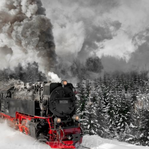 Τρένα διασχίζουν υπέροχα τοπία