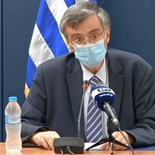 Επιτροπή λοιμωξιολόγων: Έμαθαν για τα νέα μέτρα από την... τηλεόραση – Ενόχληση Τσιόδρα