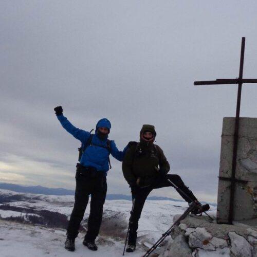 Βέρμιο: Από το Ξηρολίβαδο ανάβαση στις χιονισμένες κορυφές Ξηροβούνι και Στουρνάρι