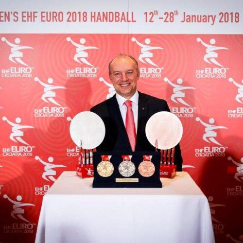 Το Λύκειο Ελληνίδων Βέροιας συγχαίρει τον Γιώργο Μπεμπέτσο για την εξέχουσα θέση που κατέκτησε στην Ευρώπη