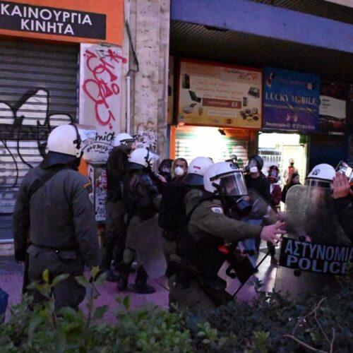 Επτά τραυματίες φωτορεπόρτερ από την απρόκλητη επίθεση της αστυνομίας - Καταγγέλλει η ΕΦΕ