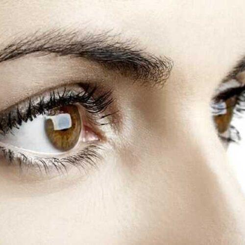 Έρευνα - Κορωνοϊός: Ποια προβλήματα στα μάτια συνδέονται με σοβαρή νόσηση