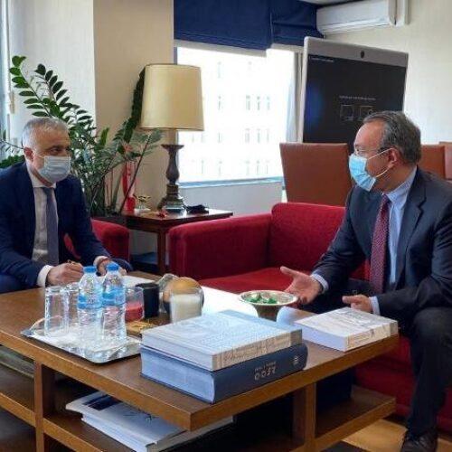 Τη στήριξη του πληττόμενου δικηγορικού κλάδου ζήτησε ο Λάζαρος Τσαβδαρίδης